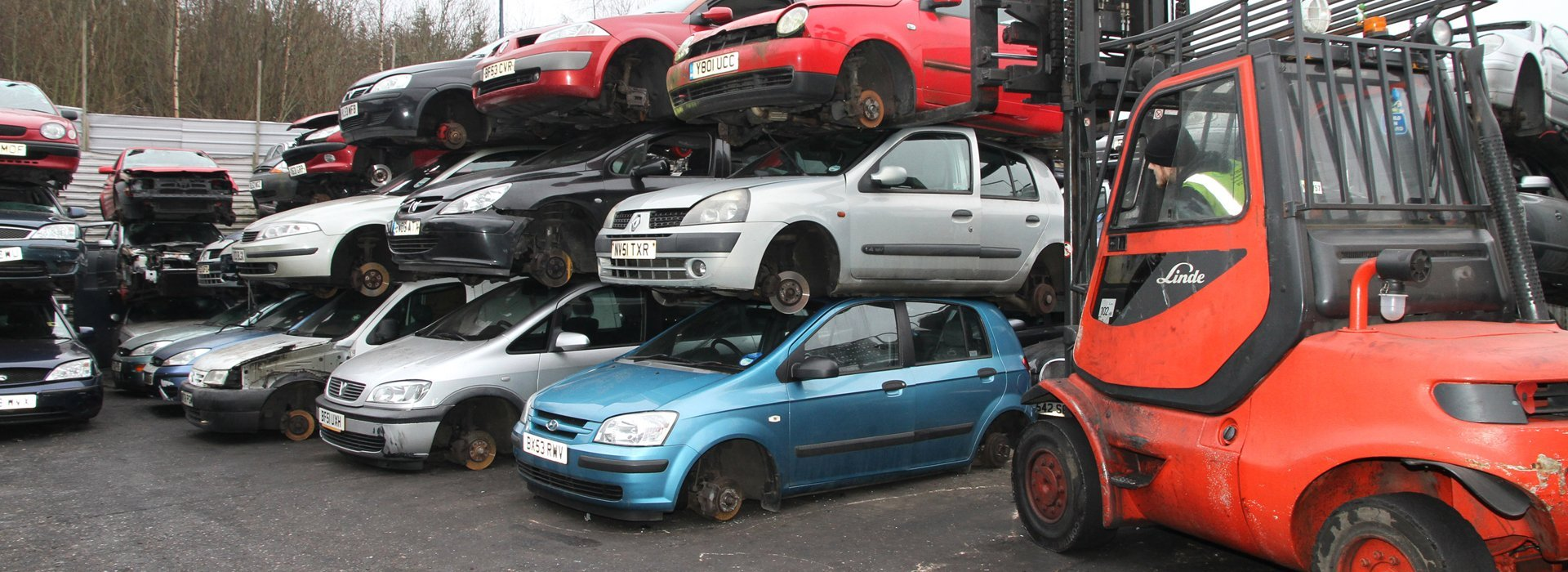 Car Wreckers Melbourne Pick Up